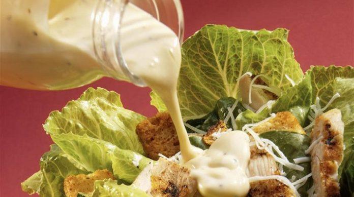 Главное в салате — это… соус! 5 потрясающих рецептов легких соусов!