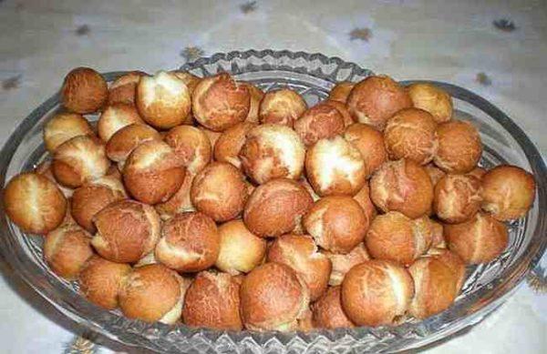 Как приготовить вкусные пончики на сгущенке за 6 минут