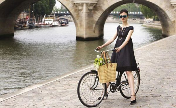 Почему француженки не толстеют? 9 правил стройности настоящих парижанок!