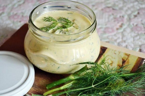 Классический рецепт соуса французской кухни превратит любое блюдо в кулинарный шедевр!