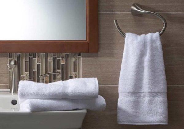 Почему нельзя трогать полотенце для рук, доверять дверному глазку и ДРУГИЕ СЕКРЕТЫ ОТЕЛЕЙ, о которых вы не знали!