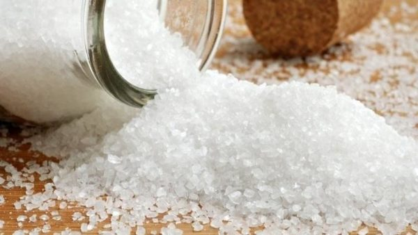 Обычная соль поможет вам справиться с многими недугами!