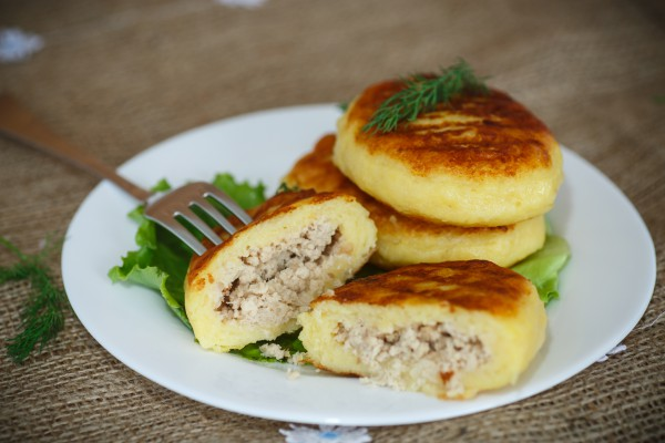 Королевское блюдо - картофельные зразы с мясным фаршем!