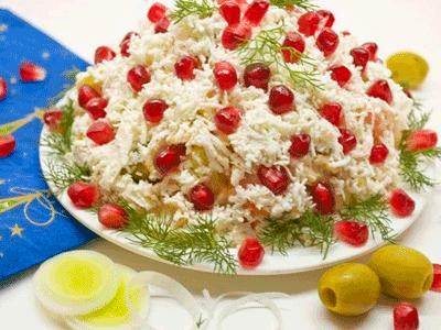 Слоеные салаты для праздничного стола: 4 шикарных рецепта