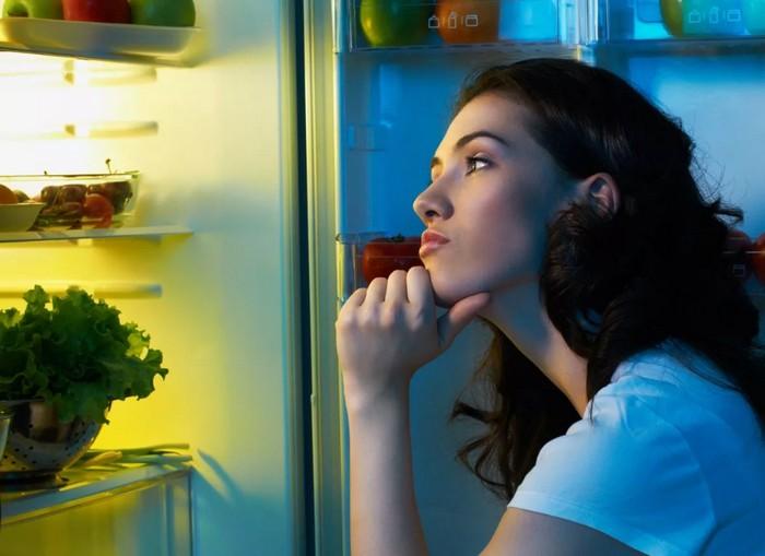 Привычка переедать на ночь - как бороться?
