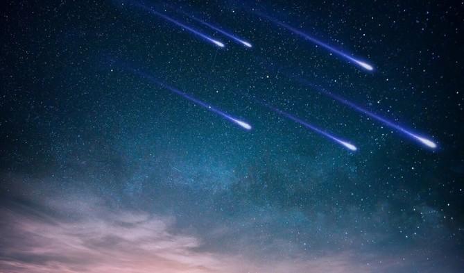 Звездопад в ночь с 12 на 13 августа: как правильно загадать желание на падающую звезду