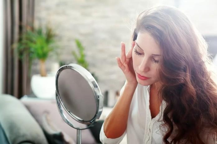 4 проблемы с кожей и волосами, которые можно скорректировать питанием