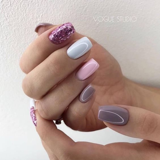 ТОП-35 роскошных идей для украшения ногтей осенью 2019 года