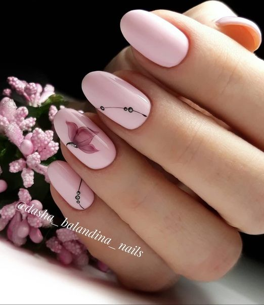 На любую форму ногтей: всегда беспроигрышный - нежнейший нюдовый маникюр!