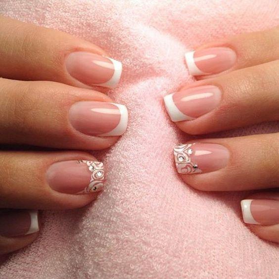 Сказочно красивый зимний френч: 25 королевских дизайна ногтей!