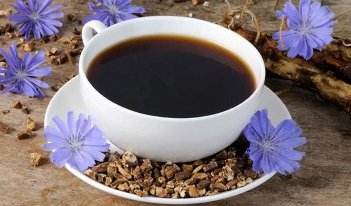 Цикорий - ароматный и очень полезный заменитель кофе