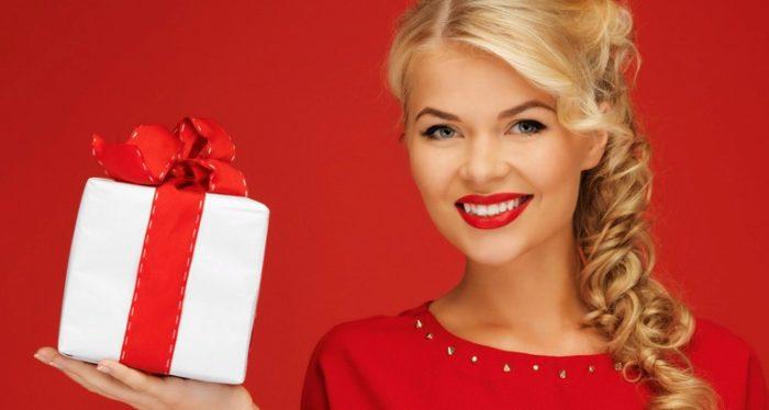 """Как правильно дарить и принимать подарки - 8 правил """"подарочного"""" этикета"""