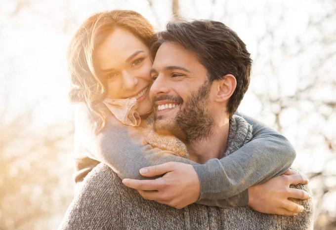 7 способов показать мужчине, что вы для него - отличная партия!