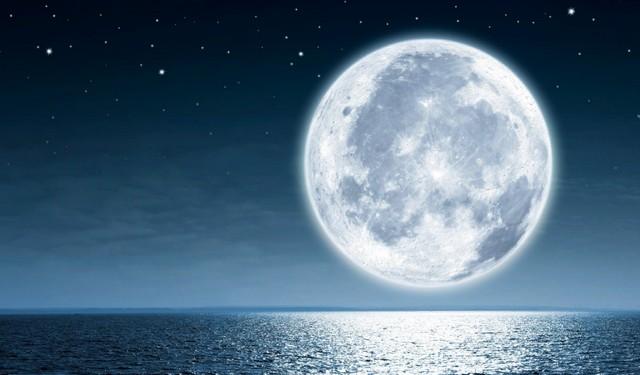 Суперлуние 27 апреля 2021 г. - как полная Луна повлияет на жизнь Знаков Зодиака