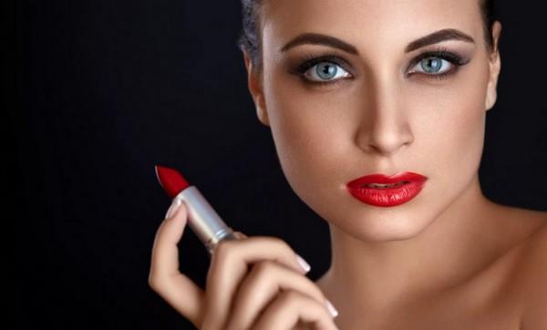 Ингредиенты губной помады. Из чего она делается на самом деле?